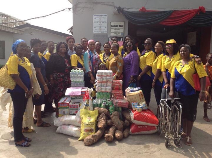 Donation of food items, wheel chairs and other aids to a home for thehandicapped by Inner Club of Matori Lagos (DISTRICT 911, NIGERIA).