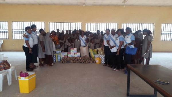 IW Club of Garki visited and donated food stuff to the school of the blind
